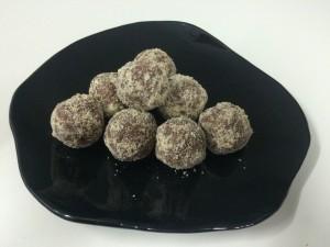 choc almond protein balls